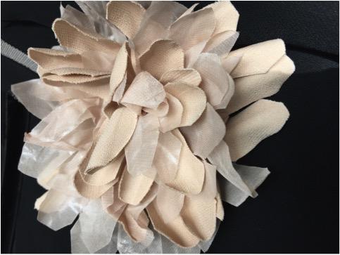 sartorialist- cristinaeffe-dettaglio fiore stoffa