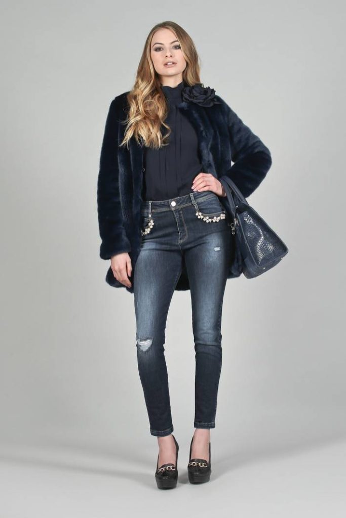02 - Pelliccia Dorian - Blusa Mosa - Jeans Mars - Borsa Lotus