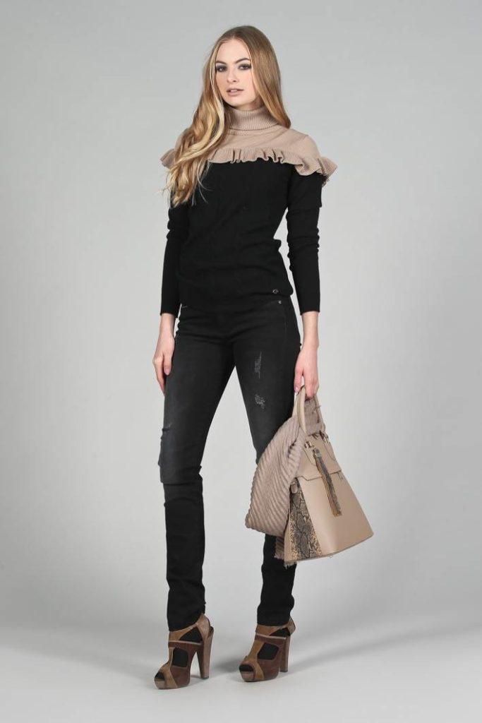 57 - Maglia Honey - Jeans Miriam - Stola Gwen - Borsa Fabienne