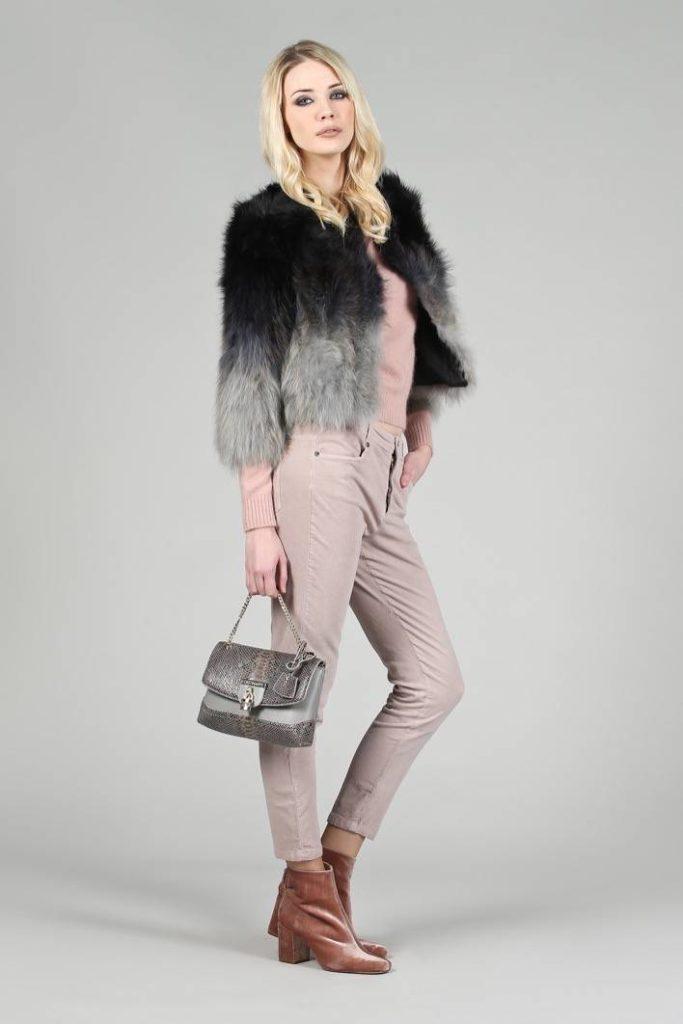 68 - Pelliccia Pretty - Maglia Rja - Jeans Corinne - Borsa Lilly