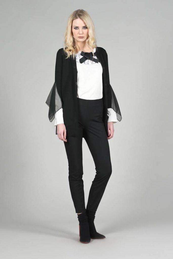90 - Cardigan Annette - T-shirt Lavinia - Pantalone Susanna